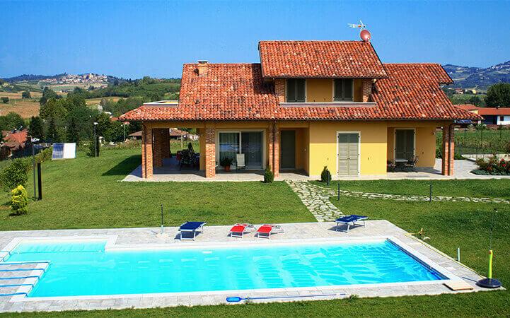 villetta gialla con piscina impresa edile rec costruzioni generali
